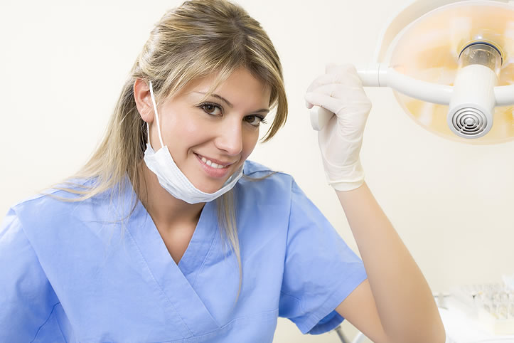 Dentist Salary - How much can a dentist earn?